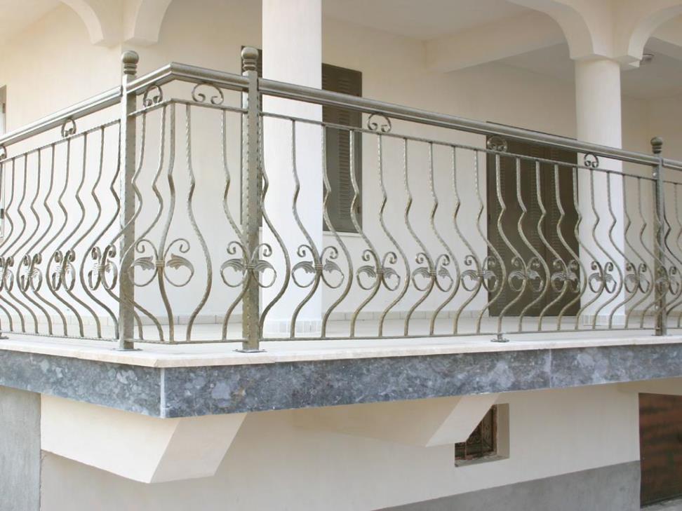 Balkon Küpeştesi